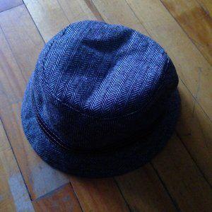 Accessories - GAP hat